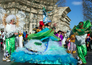 Animation danse et carnaval de rue bresilien - Danser Lâcher Prise