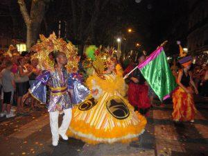 Animation bresilienne - carnaval de rue et défilé - Danser Lâcher Prise
